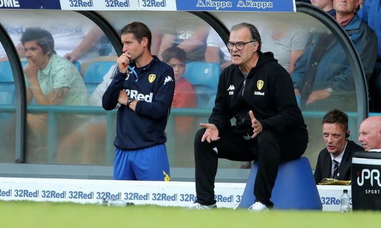 Leeds, Bielsa: 'Mancata promozione, che delusione! Rinnovo? Ascolterò e valuterò'
