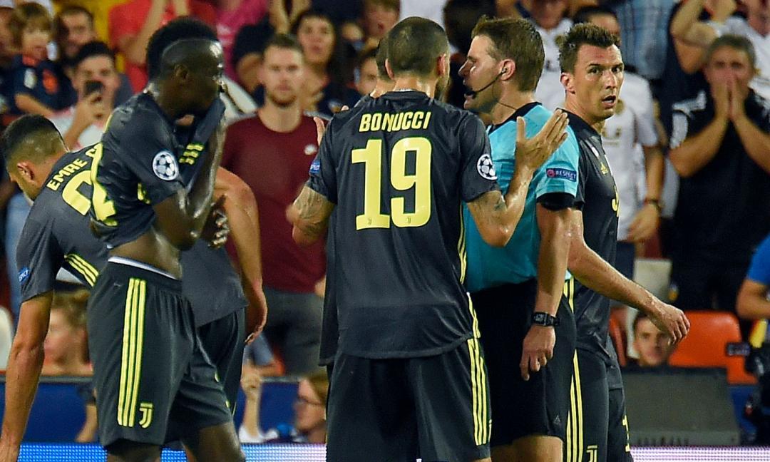 Valencia-Juve: vien voglia di cambiare sport. Serve il Var