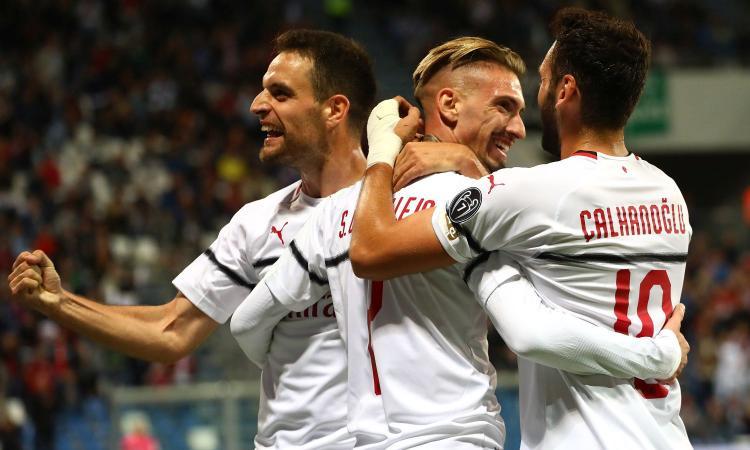 Milan, Castillejo titolare contro il Betis Siviglia