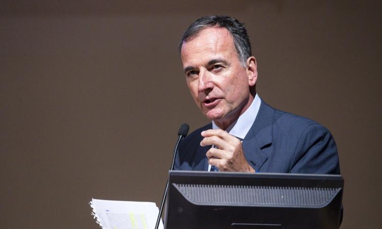 Frattini lancia l'allarme: '20% di casi di mafia nel calcio post-Covid'