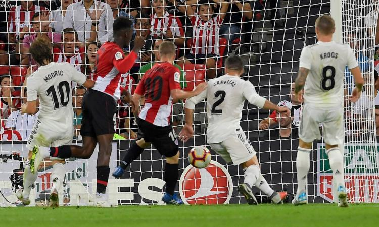 Liga: pari Atletico, Barça ok. Valencia-Betis 0-0, Isco salva il Real a Bilbao
