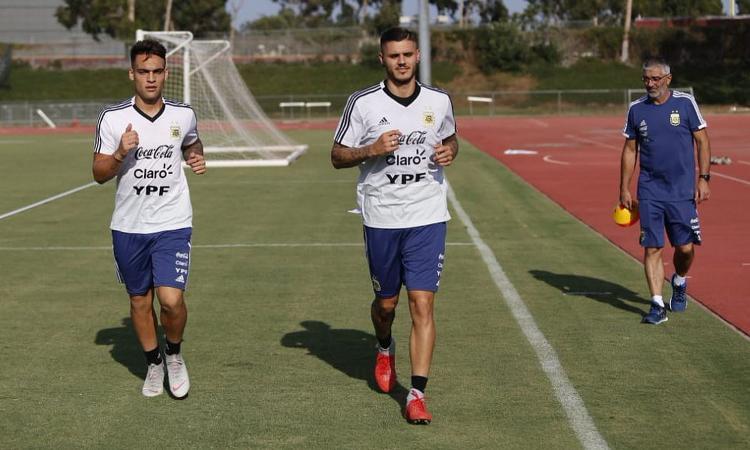 Argentina, Scaloni annuncia la formazione con Dybala e Lautaro: out icardi