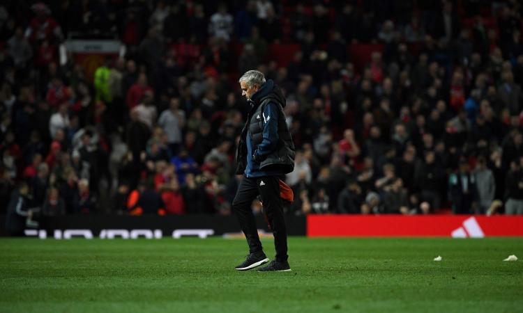 Steso dall'allievo Lampard, in rotta con Pogba: Mourinho ora rischia davvero