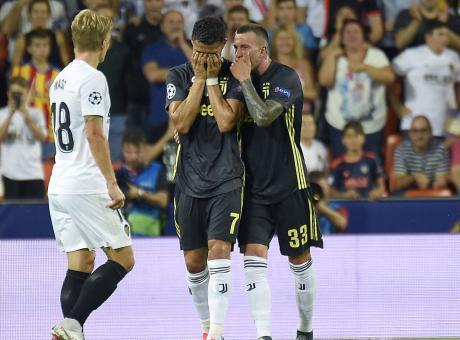 Ronaldo, al Real non sarebbe successo. Ora basta, mettete il Var in Champions