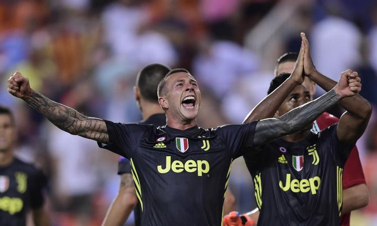 Juve, Bernardeschi: 'Idoli Baggio, Del Piero e Totti. L'Italia...'