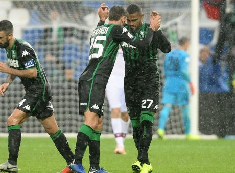 Gol, spettacolo e fughe mancate: un pari inutile per Sassuolo e Bologna
