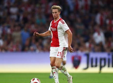 Ajax, de Jong: 'Futuro? Non farò della mia carriera un tour'