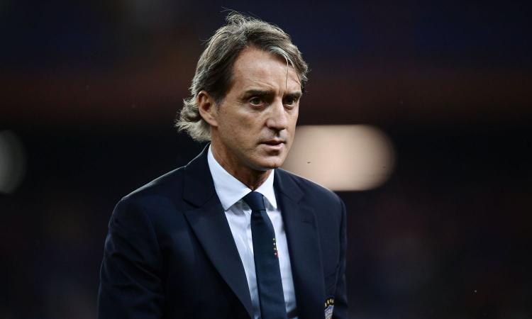 Mancini: 'Juve, poi Napoli e Inter. Balotelli rifletta, io non posso fare più nulla. Sogno Europeo come Italia '90'