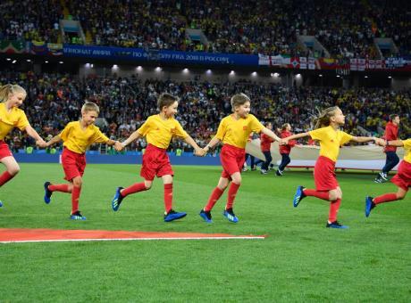 Follia: un padre scrive all'agente per proporre il figlio calciatore di... 2 anni!