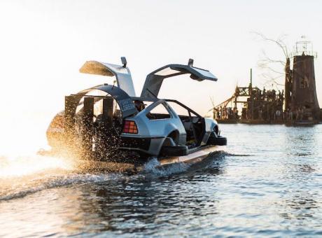PIT STOP: Ritorno al futuro, la DeLorean 'galleggiante' in vendita su eBay
