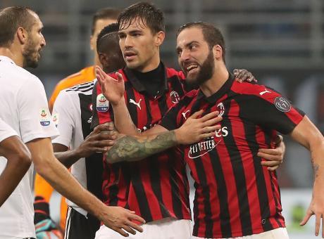 Chiesa: 'Milan-Juve, manca un rosso a Benatia. Quanto rischia Higuain...'