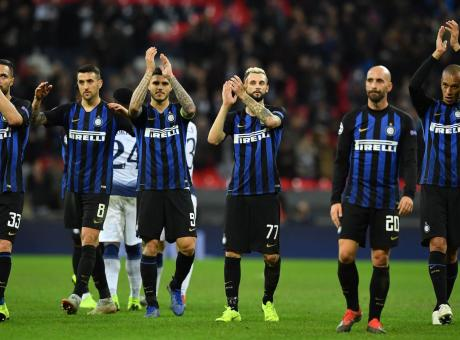 Inter, come da copione: c'è da soffrire ancora. Ma il Barcellona non farà regali