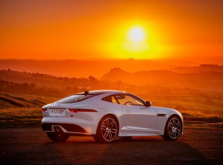 PIT STOP: la F-Type celebra i 70 anni delle sportive Jaguar FOTO e VIDEO