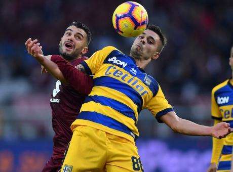 Napoli, accordo vicino col Parma per due calciatori