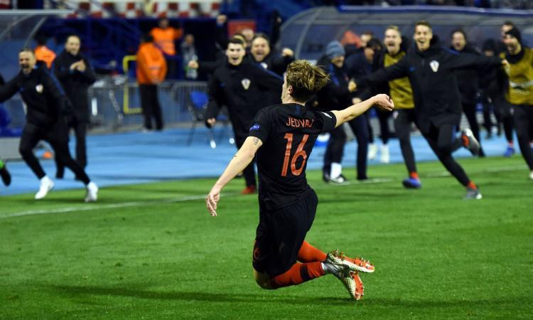 Jedvaj salva la Croazia: 3-2 alla Spagna