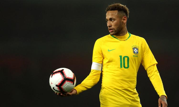 PSG, Neymar diserta l'amichevole con l'Inter: vuole l'addio