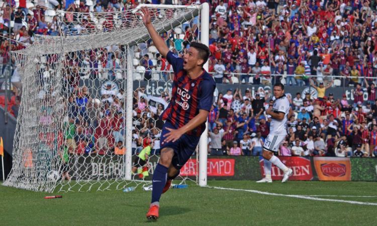 A 14 anni segna un gol nel clasico ovelar il futuro del for Futuro del classico