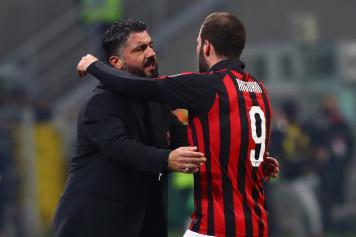 Gattuso Higuain abbraccio Milan