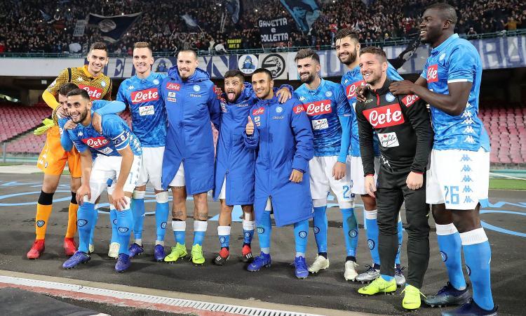 Il Napoli ricaccia indietro l'Inter, avvisa la Juve, pensa al match più importante