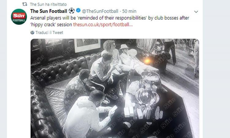 Scandalo Arsenal: festino a base di 'hippy crack' per alcuni calciatori