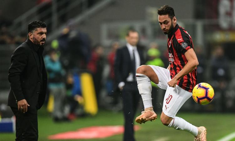 Milan: Gattuso difende la squadra e punta ancora su Calhanoglu, ma sbaglia