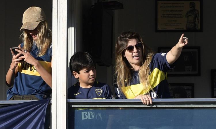 River-Boca, la figlia di Maradona risponde agli sfottò mostrando il lato B FOTO