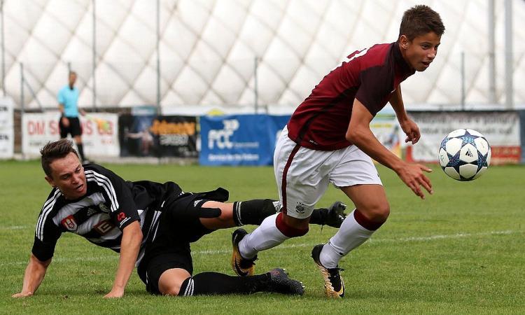 L'Inter sfida Nedved per Hlozek, il 'nuovo Schick' che rifiutò City e Bayern
