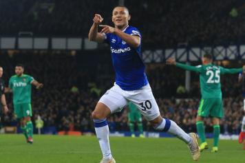 richarlison, everton, esulta, indica, 2018/19