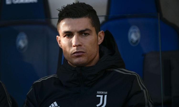 Ronaldo non gioca, i tifosi protestano