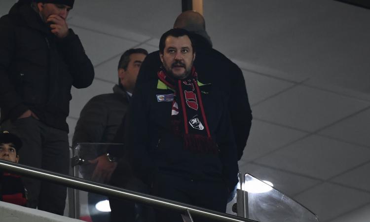 Salvini contro la Supercoppa in Arabia: 'Una schifezza, Juve-Milan non la guardo'