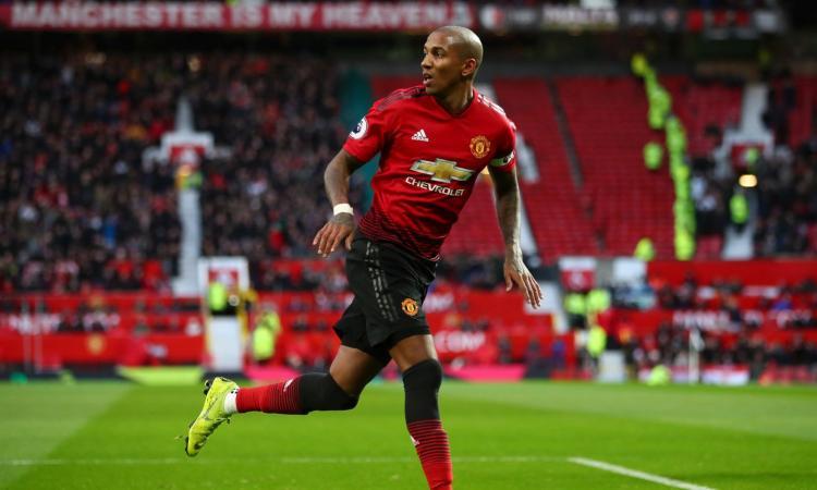 Manchester United: Rooney chiama in MLS un difensore