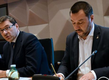 Giorgetti: 'No visibilità a razzisti e violenti. Genoa-Milan alle 15, presto concilieremo esigenze gente-sicurezza'