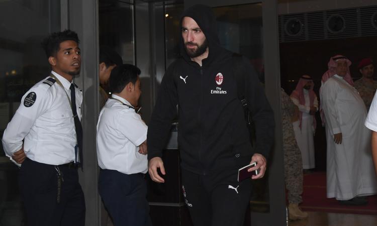 Milan, Higuain verso il Chelsea: Sarri telefona al Pipita per rassicurarlo