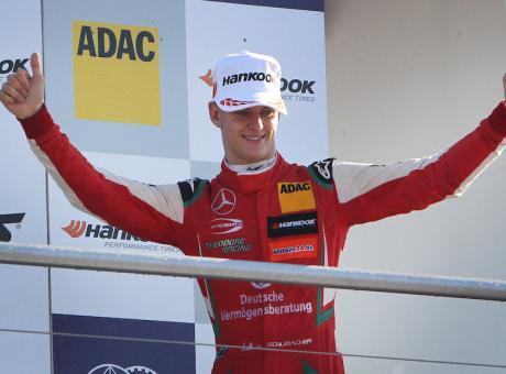 UFFICIALE, Schumacher in Ferrari! 'Ora datemi la Formula 1'
