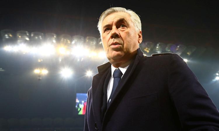 Napoli, Ancelotti: 'Fossi stato Tuchel mi sarei buttato giù dal ponte. Insigne fuori perché...' VIDEO