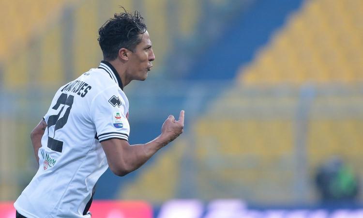 Juve, difesa a pezzi: Paratici torna su Bruno Alves, occhio anche a Vida
