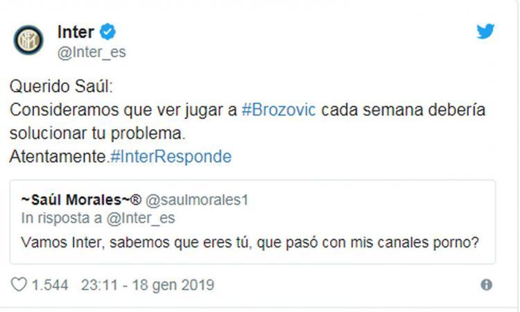 Momenti Di Gioia: 'Che fine hanno fatto i miei porno?', l'Inter replica: 'Non ti basta veder giocare Brozovic?'