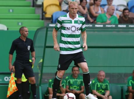 Sporting Lisbona: Mathieu tratta con un club