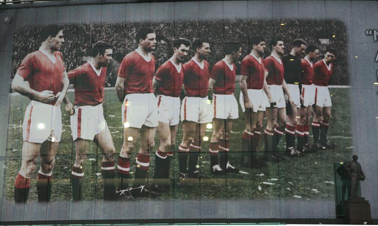 La tragedia del Manchester United colpisce al cuore anche gli italiani