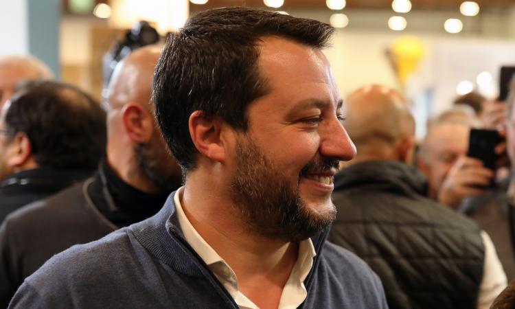 Salvini: 'Serve un nuovo stadio, guarderò il progetto. Ma non abbattete San Siro!'