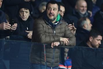 Salvini guarda in alto