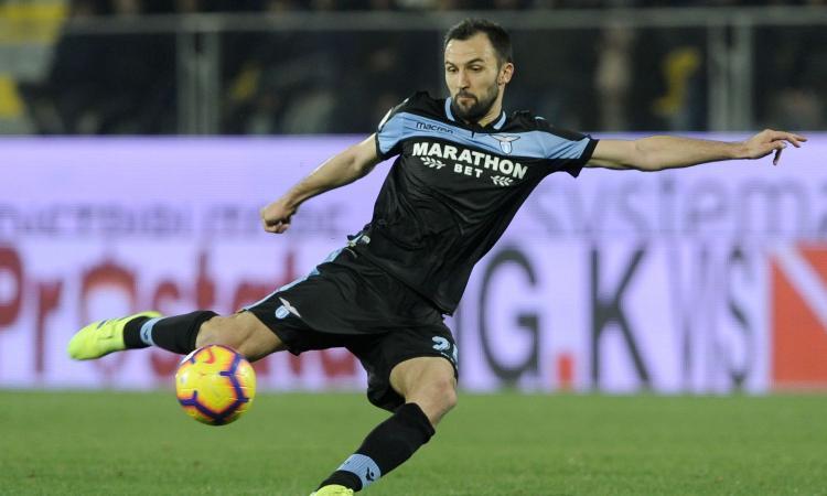 Lazio, Badelj 'chiama' Paulo Sousa: 'Il miglior allenatore mai avuto'