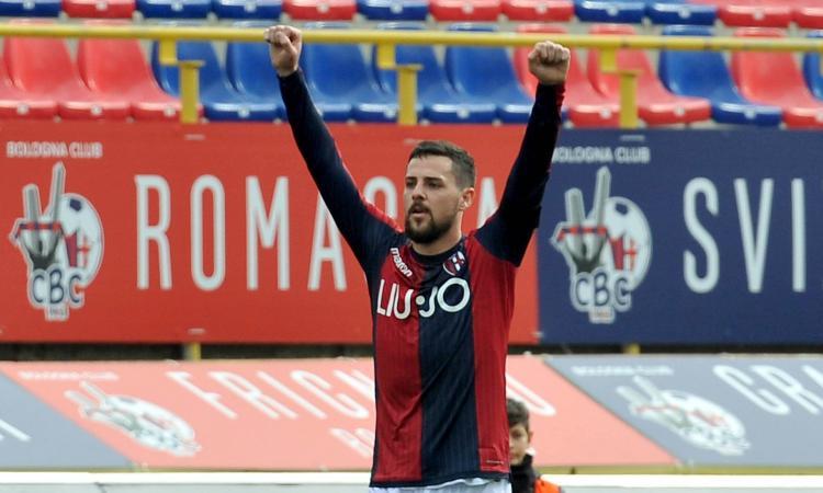 Bologna, aria di addio per due attaccanti