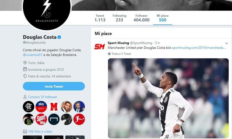 'Offerta del Manchester United per Douglas Costa'. E lui mette like FOTO