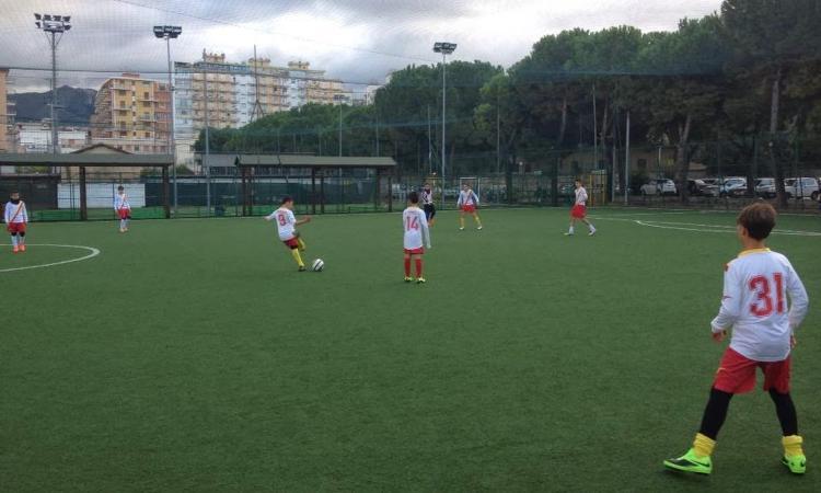 Un papà: 'A mio figlio di 11 anni negano di giocare a calcio! E' possibile?'