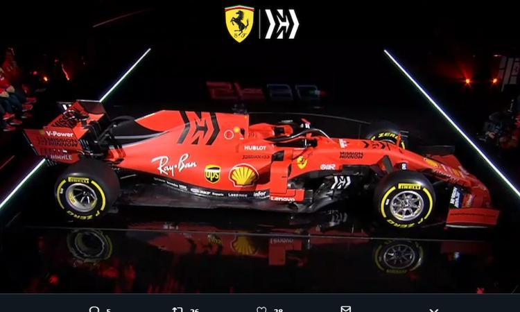 Svelata la nuova Ferrari: è rossonera. Elkann: 'Uniamo tutto il Paese!' VIDEO