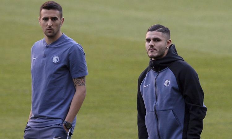 Inter, spogliatoio diviso: Vecino chiama Icardi, lui non molla. E Perisic...