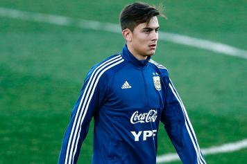best authentic 6ff33 d4063 Dybala invites young 'hero' Rami Shehata to the Allianz ...