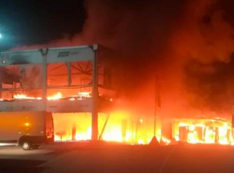 MotoE, incendio a Jerez: le moto in fiamme, non resta nulla FOTOGALLERY