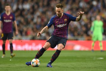 Rakitic calcia Barcellona
